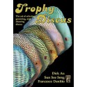 Trophy Discus / Dick Au, Sun See Seng, and Francesco Denitto/